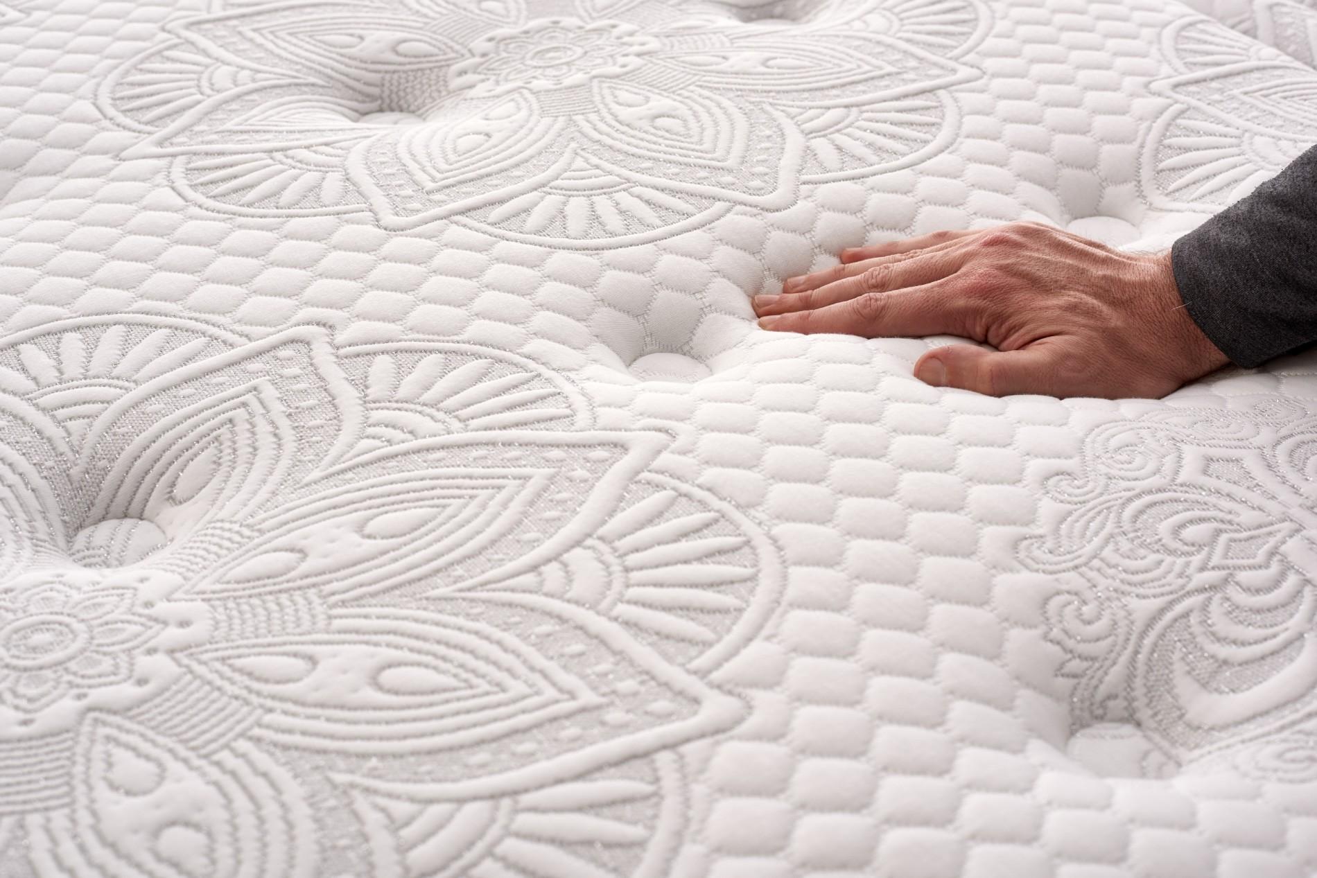 Gracias a su capa de Bio Memory , facilita el movimiento durante el sueño, reduce la tensión y mejora la independencia del sueño.