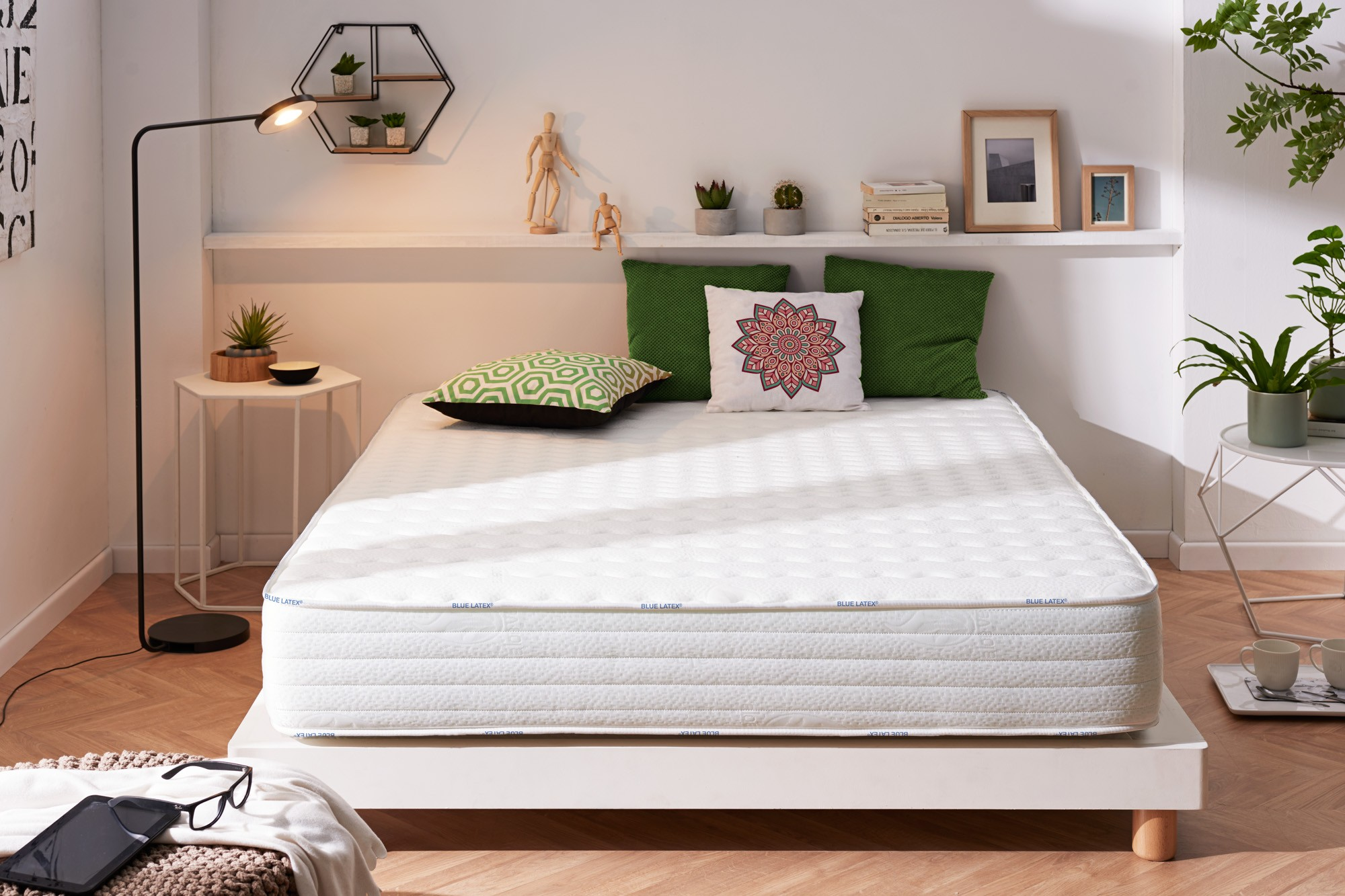 La tecnología Blue Latex® acentuará la independencia del sueño, para encontrar noches serenas y un sueño de calidad!