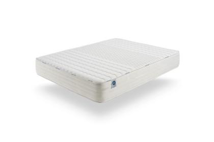Constitué de la mousse Memosoft V30, nouveau matériau ultra respirant, il assure un accueil moelleux et un confort optimal.