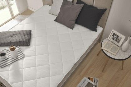 High-end oriented, the Summum mattress benefits from an exemplary finish and the best materials.