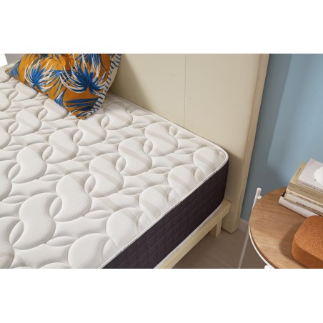 The thick Soft Sensation double stretch Deluxe extra soft fabric provides a superior finish and durability.
