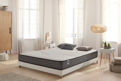 The FibraFeel V300 allows the mattress to regulate perspiration thanks to its high capacity to absorb moisture.