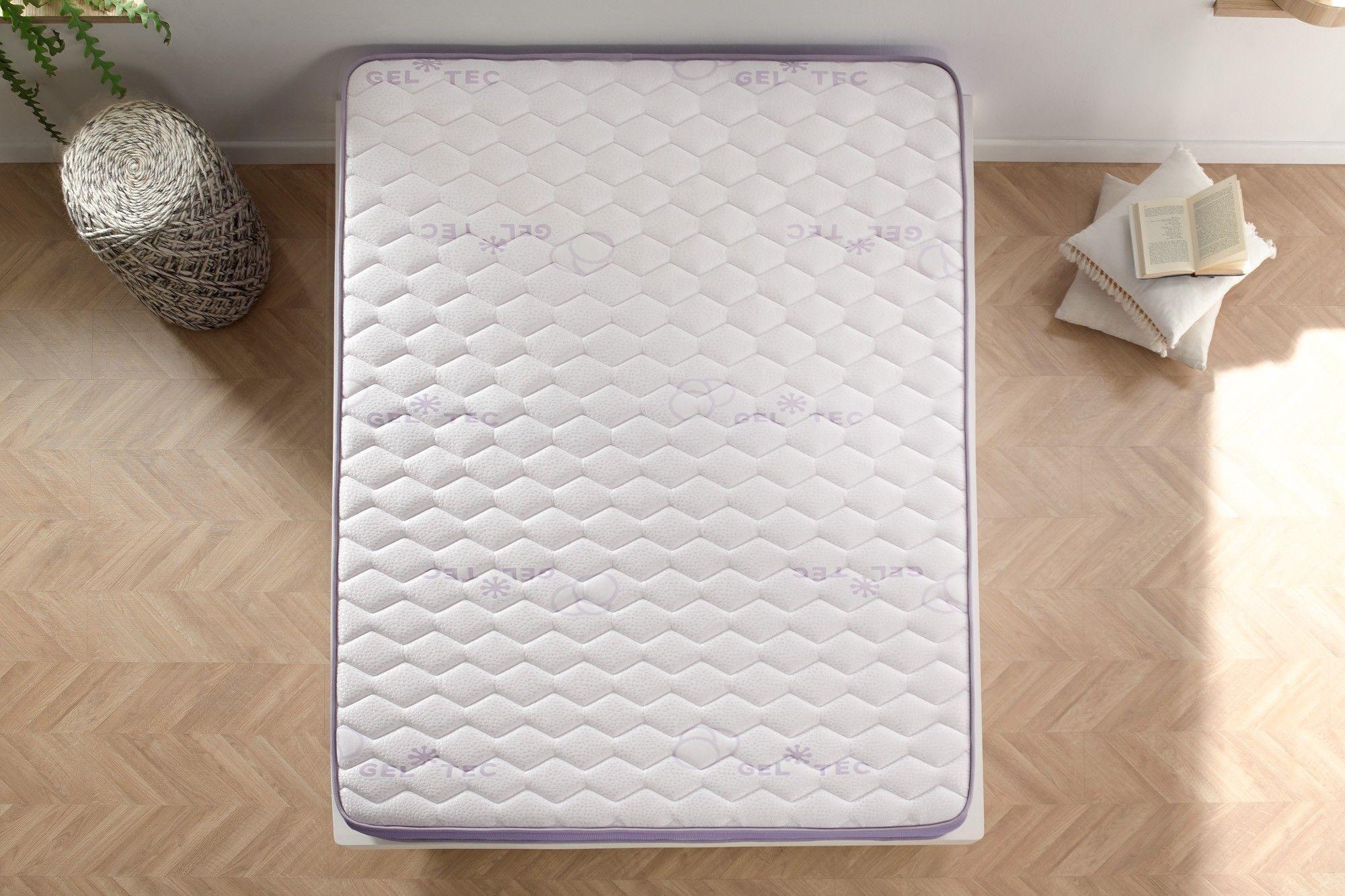 Tiene una regulación térmica que te permitirá dormir bien tanto en verano como en invierno.