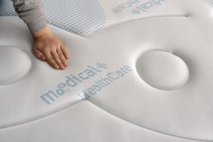AeraPur HQ bi-cellular latex and high density foam for an optimal balance between flexibility and total support