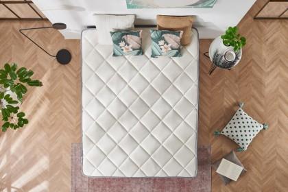 Son noyau en polyuréthane AreaPur HQ propose un support ferme pour assurer un repos confortable, frais et sain.