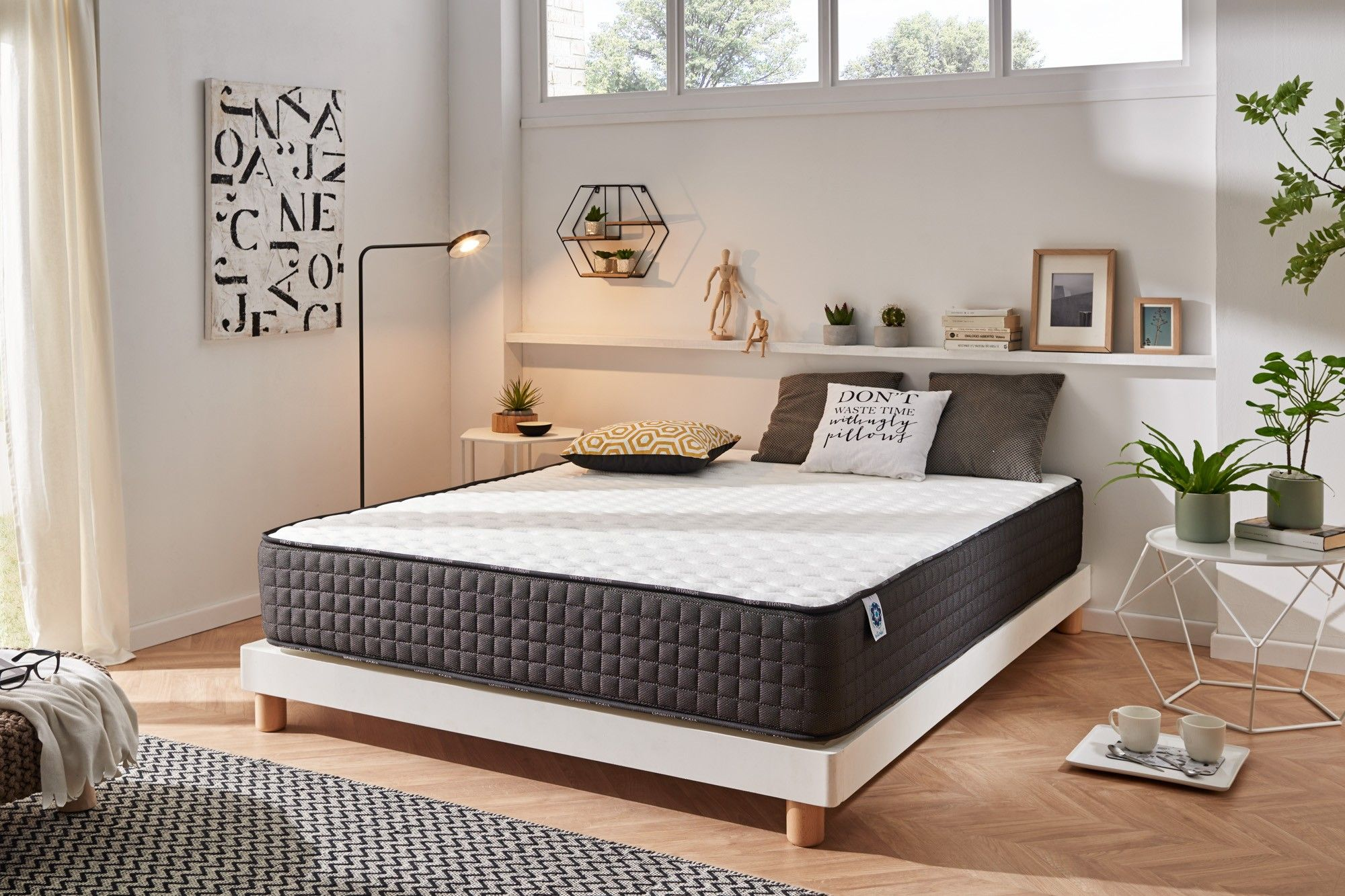 With 30 cm of thickness and Naturalex ® technologies, it is ideal for people looking for a Premium mattress.