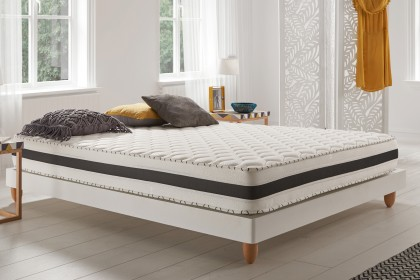 The Aloe Memory mattress offers good support and excellent sleeping independence