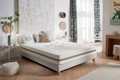 Naturalex has developed this model for the most demanding people looking for high quality bedding.