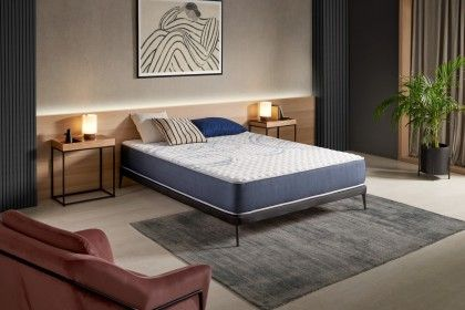The Activex mattress adapts Blue Latex technology, a perfect dual-density combination between an AeraPur HQ polyurethane foam core and latex for more adaptability.