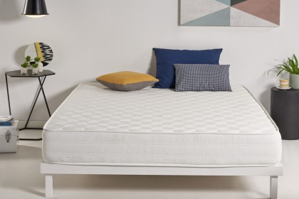 The Optisoft mattress accompanies you in every movement, every second that you spend in bed, adapting to your rest, without feeling of pressure.