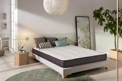 El Dualconfort modelo es un colchón hecho de Thermosoft viscoelástica.