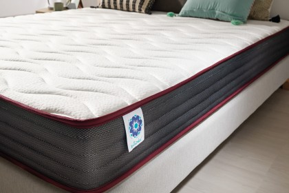 The Aero Latex technology, present in this mattress, is a new technique of combining HQ materials: superior flexibility and adaptability.