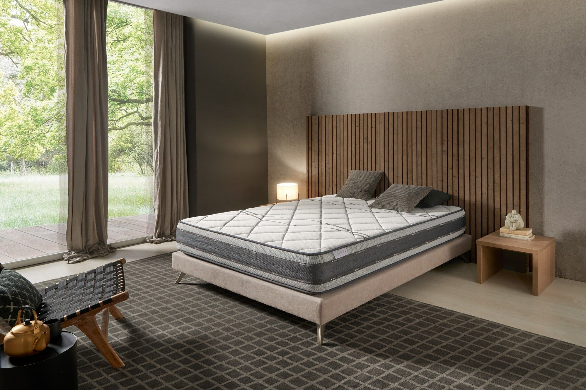 Synonymous with comfort, innovation, support and longevity: the Satellite memory foam mattress is composed of an ideal combination of the best foams used in the manufacture of Cosmos® Bedding mattresses.