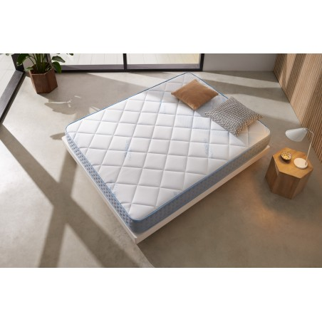 Visco Fresh technology makes this memory foam athermal. Adapted to the morphology to best support the different parts of the body.