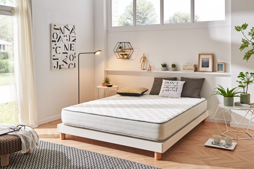 With its 22 cm thickness, the Activisco mattress will bring you an innovative balance between flexibility and support.
