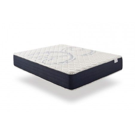 In the winter side, it has a layer of Visco Active memory foam, a sensitive memo foam that provides an enveloping welcome and a feeling of weightlessness.