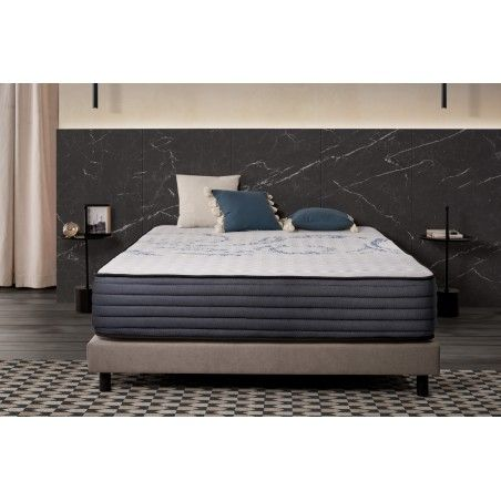 This mattress adapts point by point to your anatomy for an unprecedented support precision and affinity
