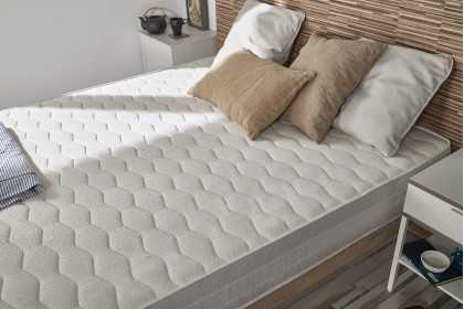 DELUXE MEMORY FOAM MATTRESS WITH HIGH COMFORT | Thickness: 20